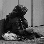 Kiedy zaczyna się ubóstwo?