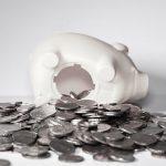 Tylko 2/3 Polaków ma oszczędności na wypadek utraty pracy. 39 proc. z nich poradzi sobie maksymalnie przez trzy miesiące
